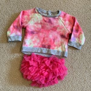 Rosie Pope Sweatshirt and Mudpie bloomers {3-6M}